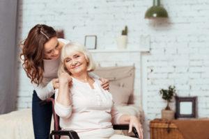 Seniorenunfallversicherung gluecklich sicherheit